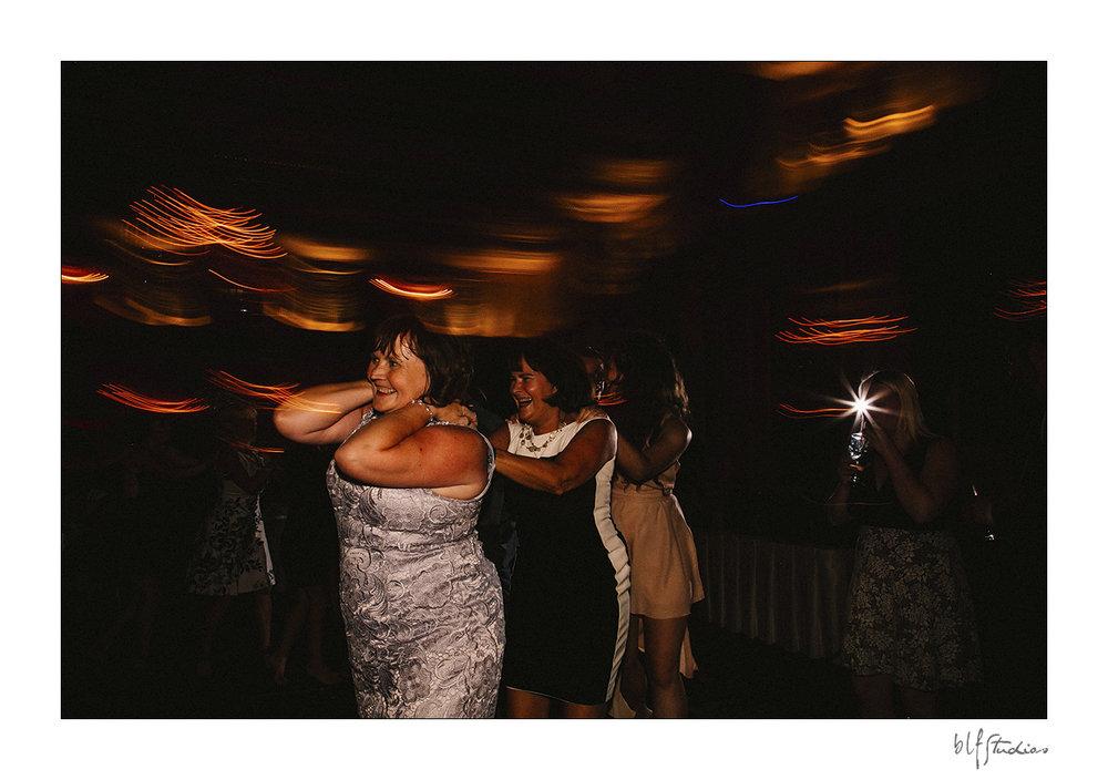 034-winnipeg-hotelfortgarry-wedding.jpg