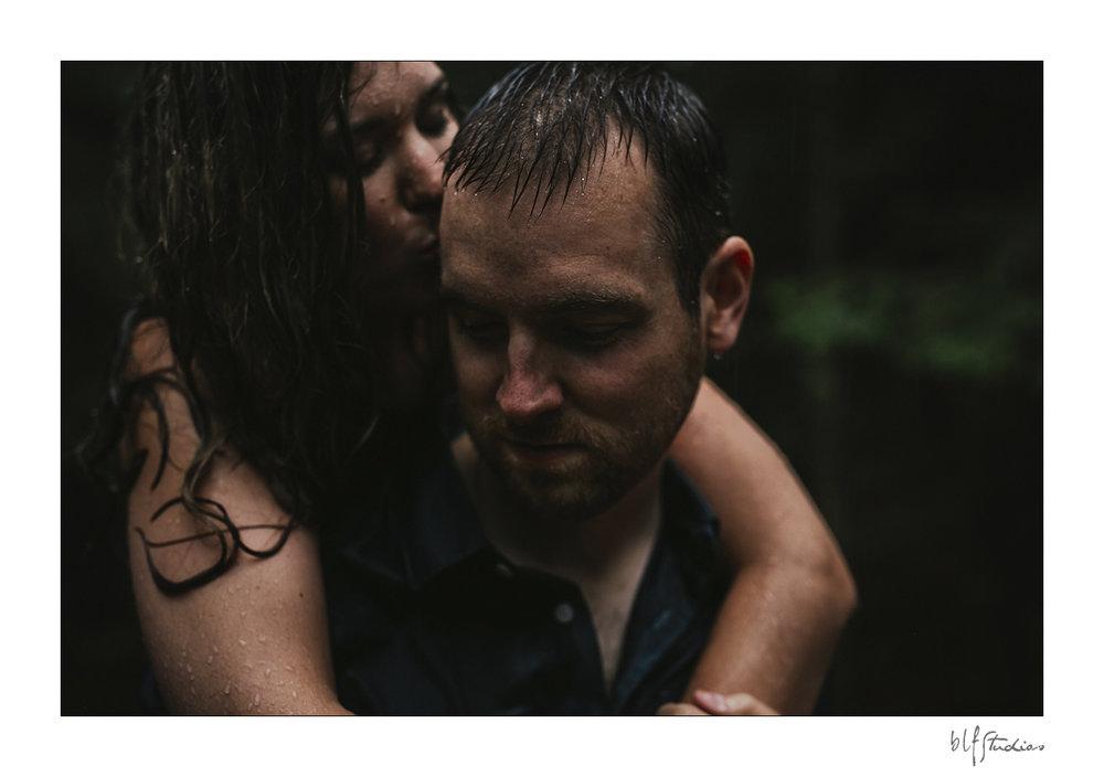 003-Kenora-engagement-photographer-woods.jpg