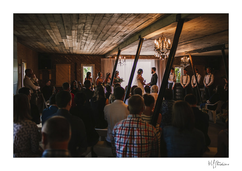 011-manitoba-rustic-barn-wedding-photos.jpg