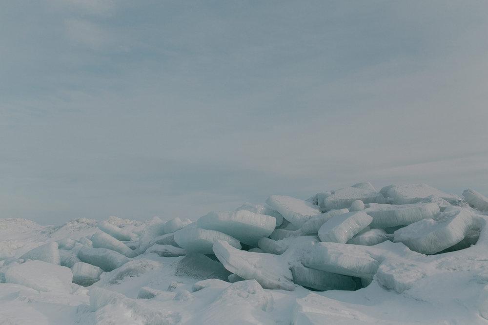 0001-gimli-manitoba-engagementphotos-winter-nicolematt.jpg