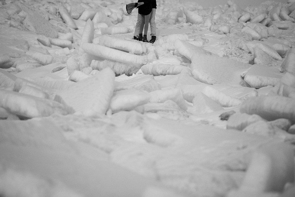 0003-gimli-manitoba-engagementphotos-winter-nicolematt.jpg
