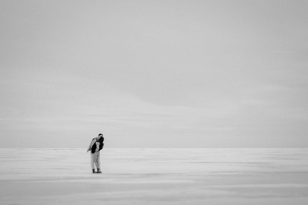 0005-gimli-manitoba-engagementphotos-winter-nicolematt.jpg
