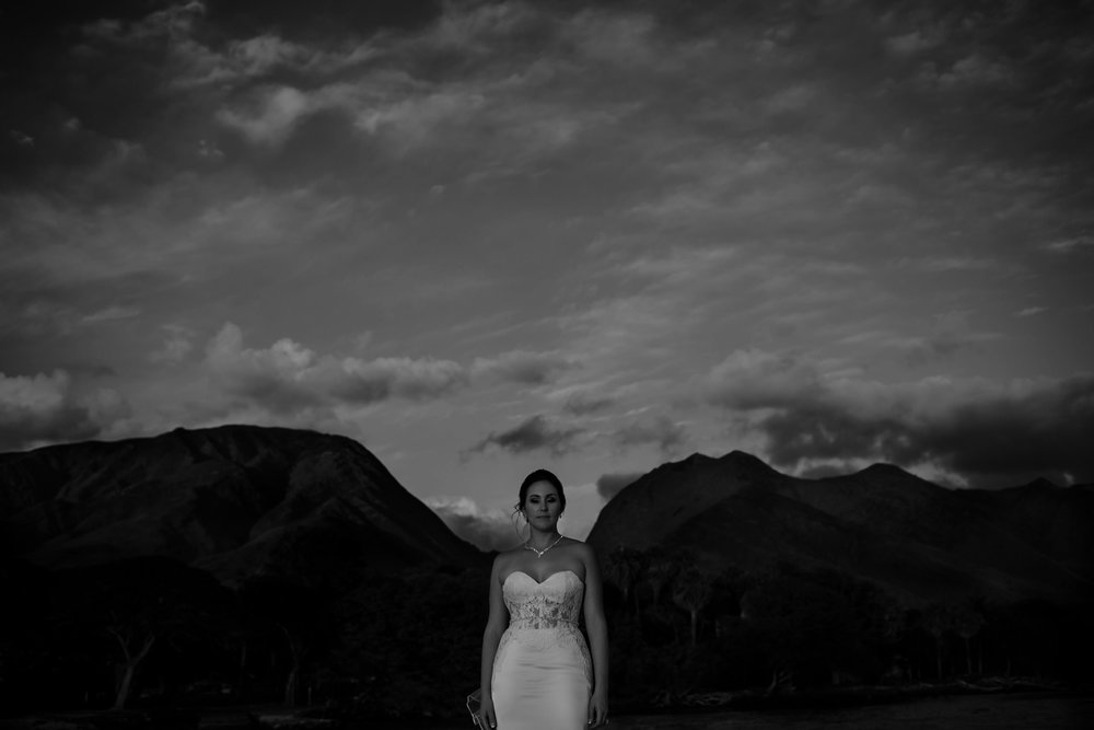 0027Bond-blfStudios-Maui-wedding.jpg