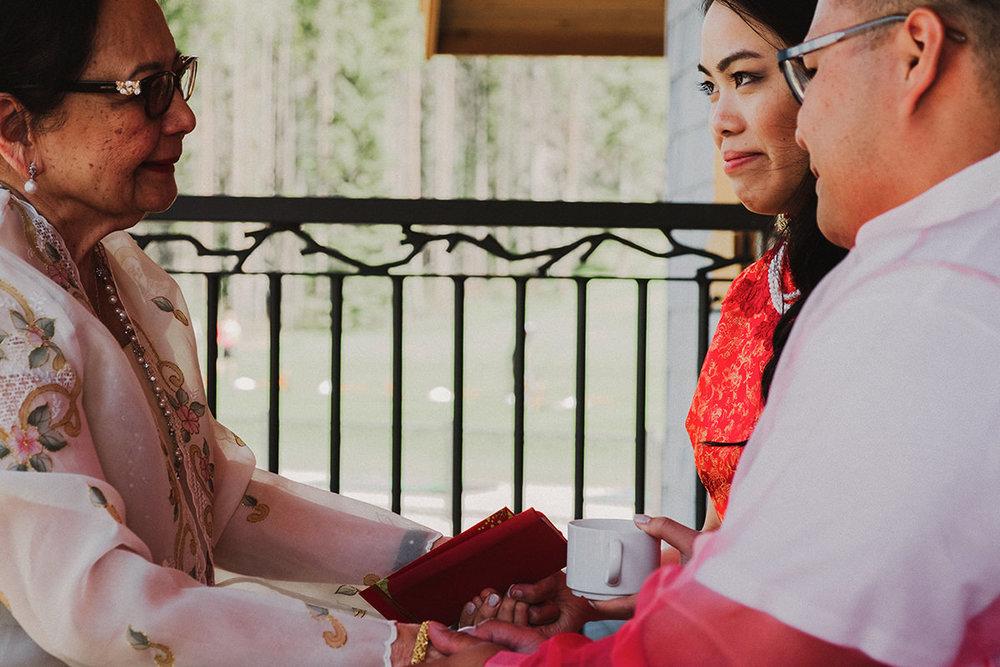 0006-silvertipresort-canmore-wedding-photographer.jpg