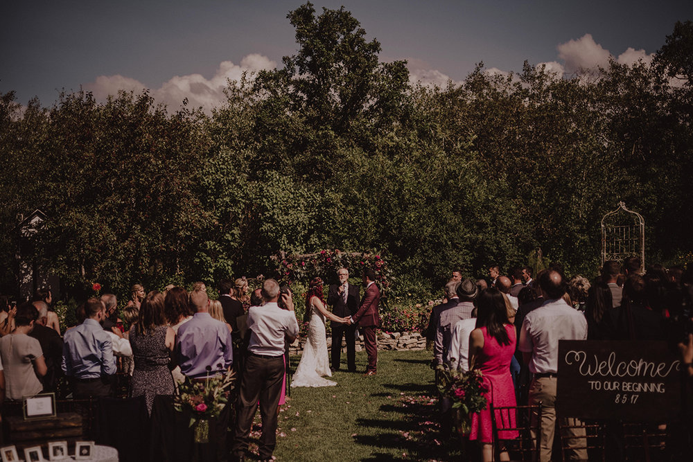 Outdoor ceremony venue Winnipeg