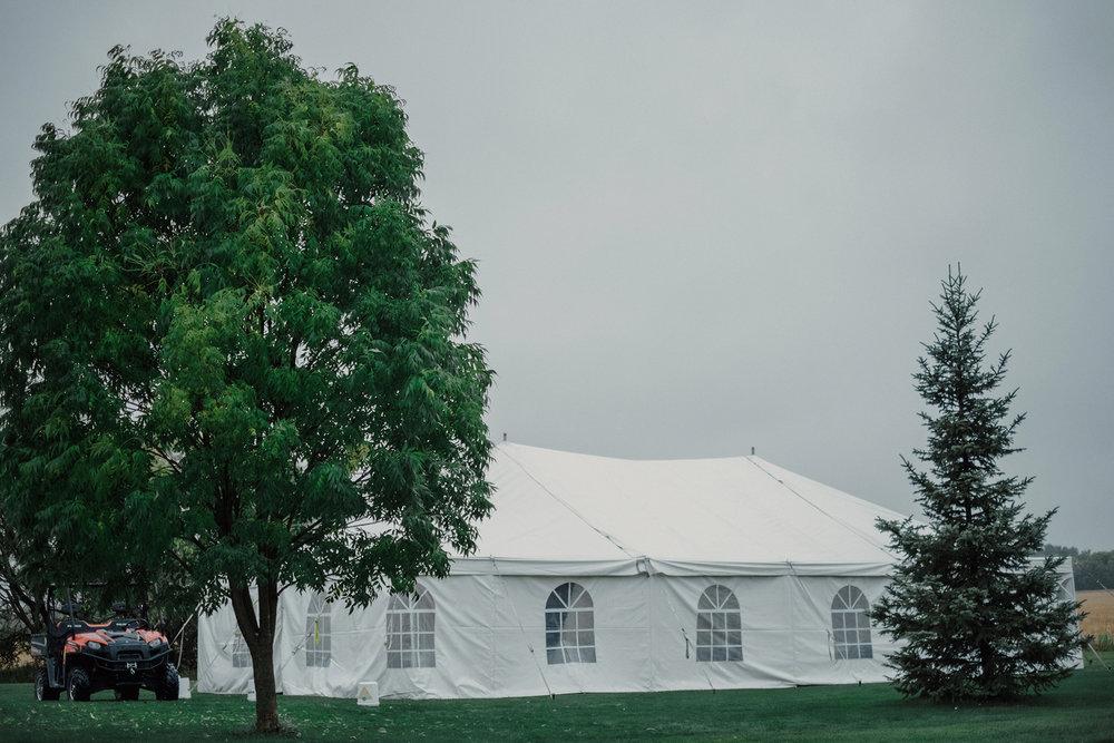 0004-balmoral-manitoba-tent-wedding-stephanie-ryan.jpg