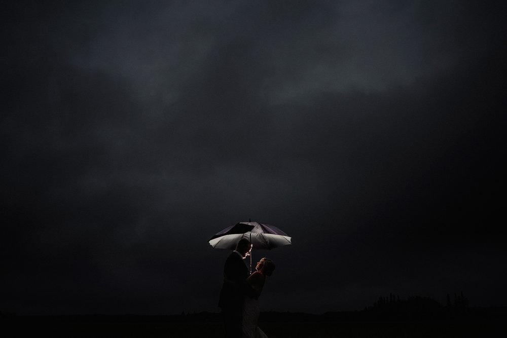 0024-balmoral-manitoba-tent-wedding-stephanie-ryan.jpg