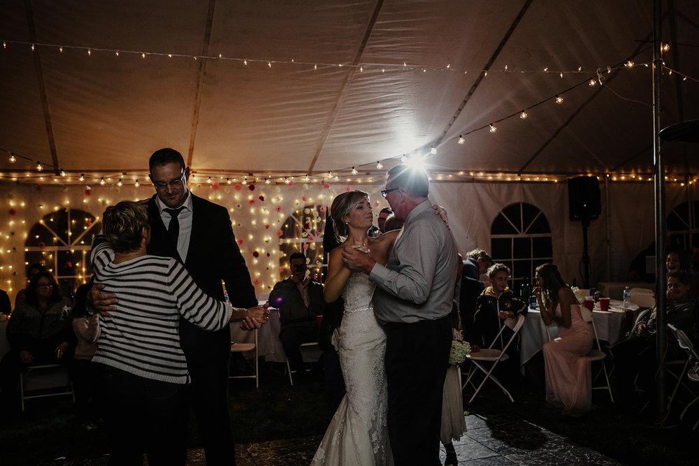 0043-balmoral-manitoba-tent-wedding-stephanie-ryan.jpg