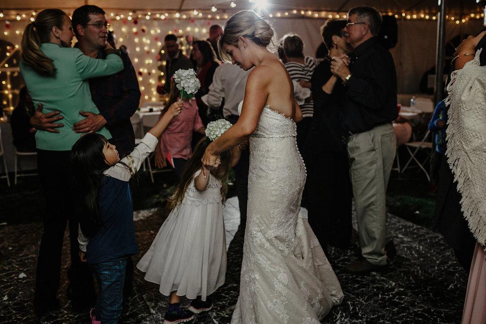 0044-balmoral-manitoba-tent-wedding-stephanie-ryan.jpg