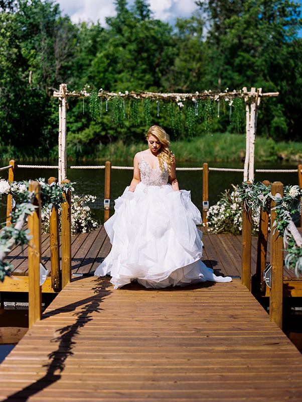 Anna Lang Bridal Gown Rivers Edge Resort