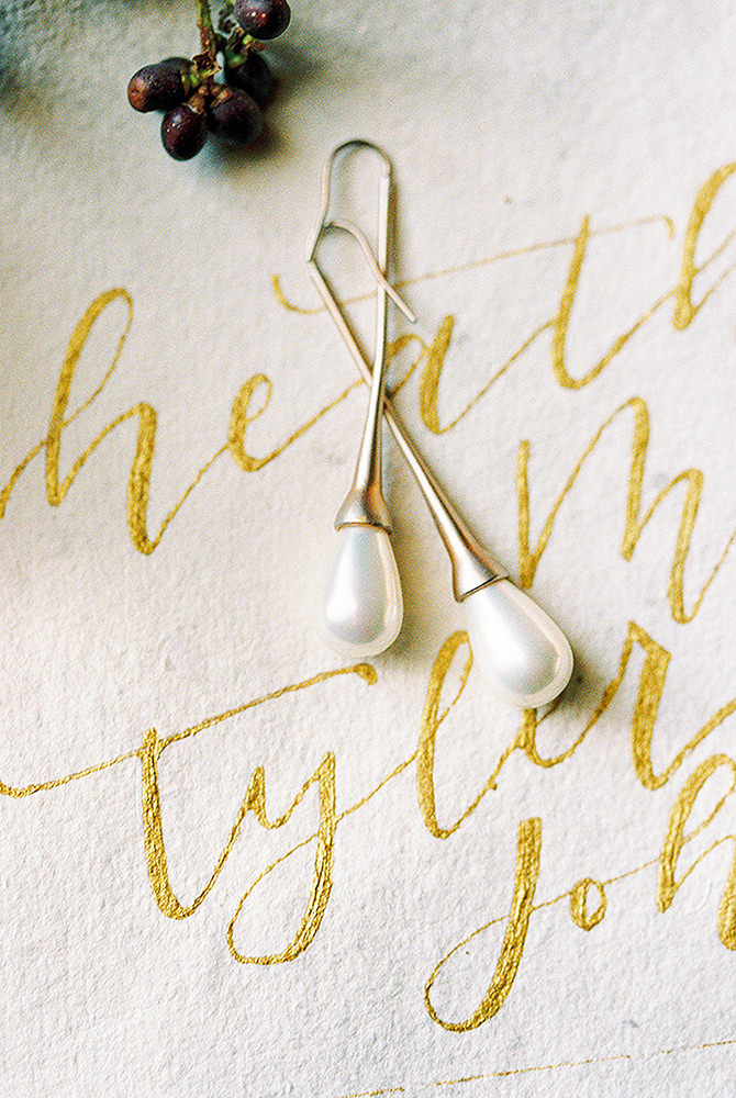 Gold for wedding calligraphy and pearl earings