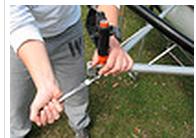 01-07-13 - tightening bottom bolt.jpg