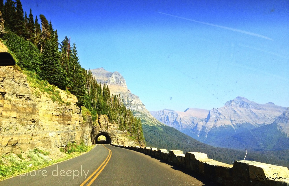 Going-to-the Sun Road : Glacier National Park : West Side Tunnel : Logan Pass