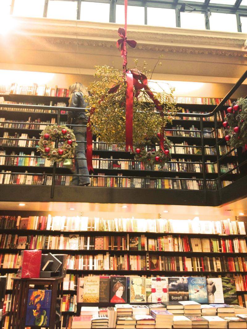 Librairie Galignani, mistletoe