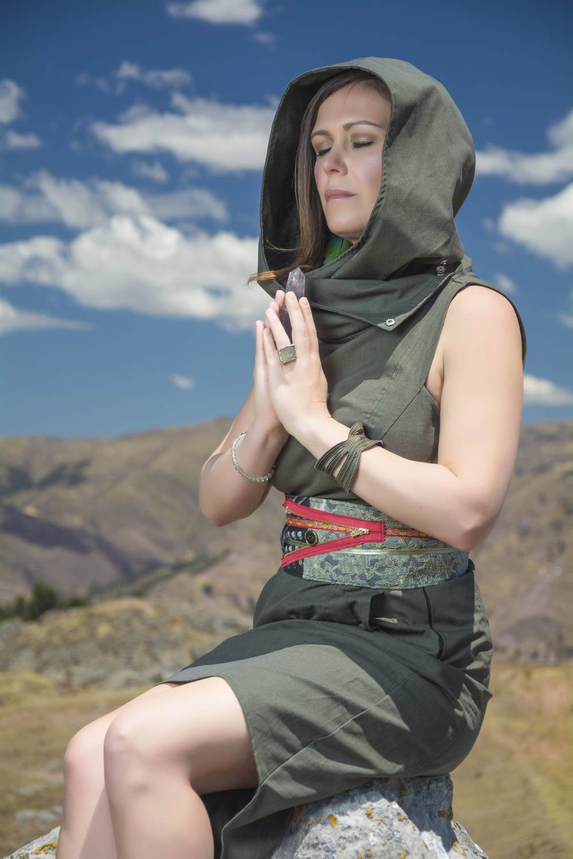Shamanic Healer Energy Medicine Practitioner Chloe Rain Explore Deeply