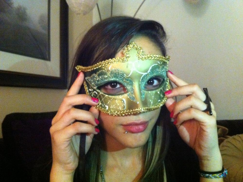 Mascara. 2011