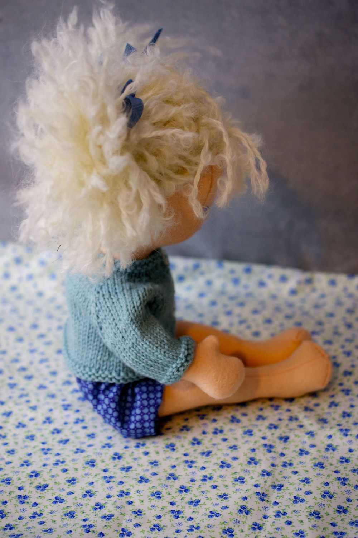 Blonde Fluff Egg5 copy.jpg