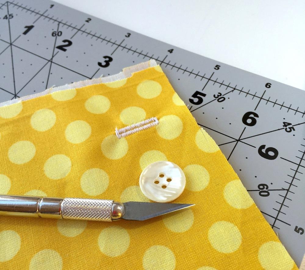 Sizing buttonholes