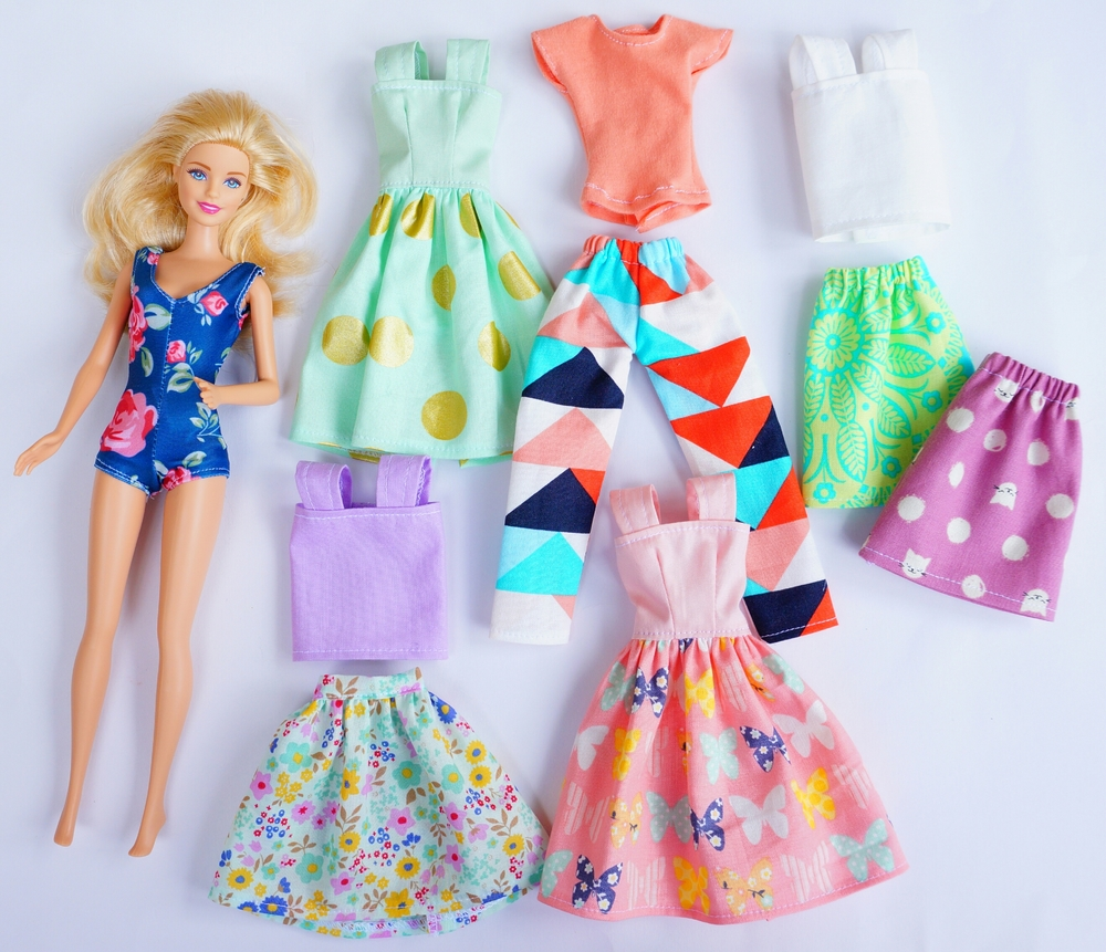 Ally Sews doll clothing