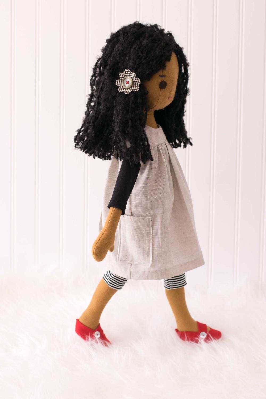 Custom Phoebe Artist Doll-1-5.jpg