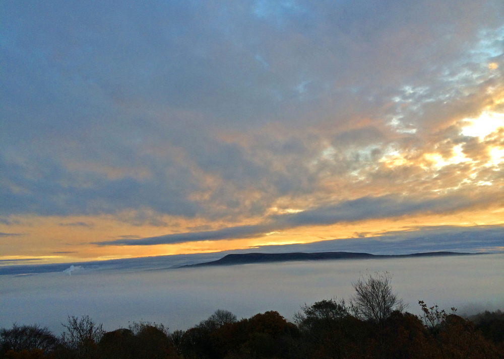 Pen  dle Hill above a sea of mist in the Ribble Valley on Thursday had me looking forward to the weekend