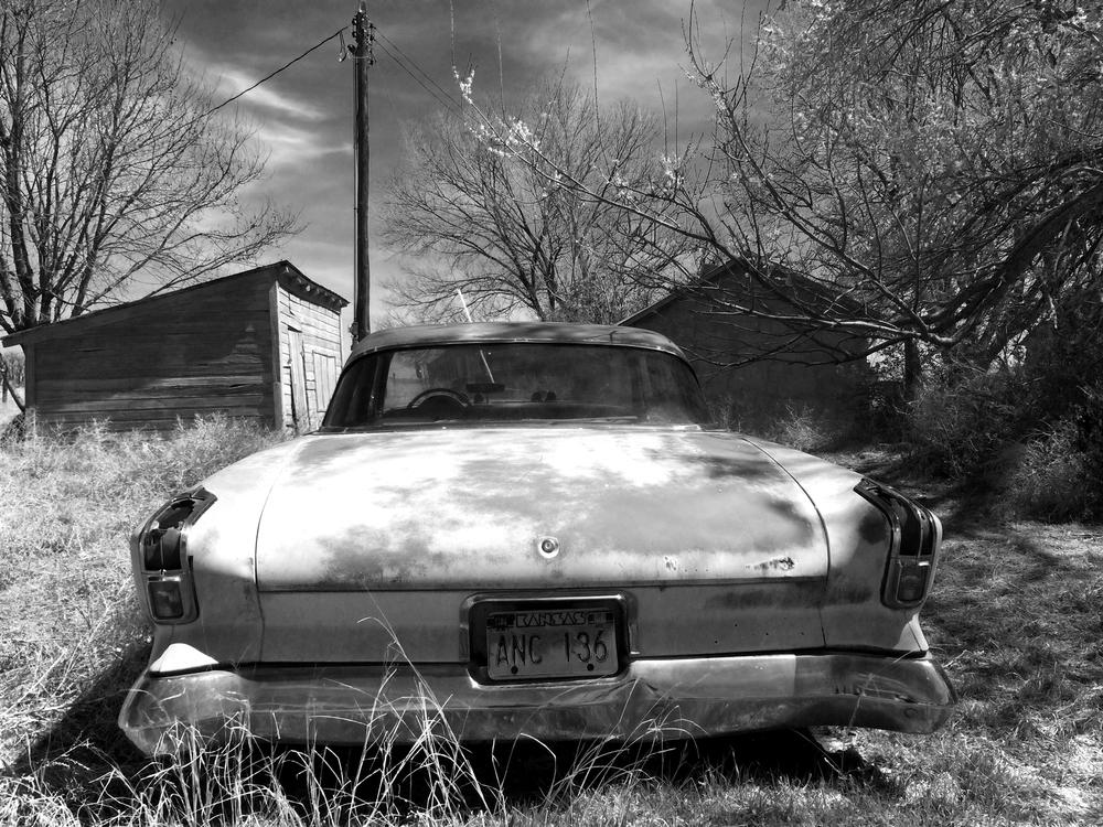 Abandoned gas guzzler, Hale CO, Apr 2015
