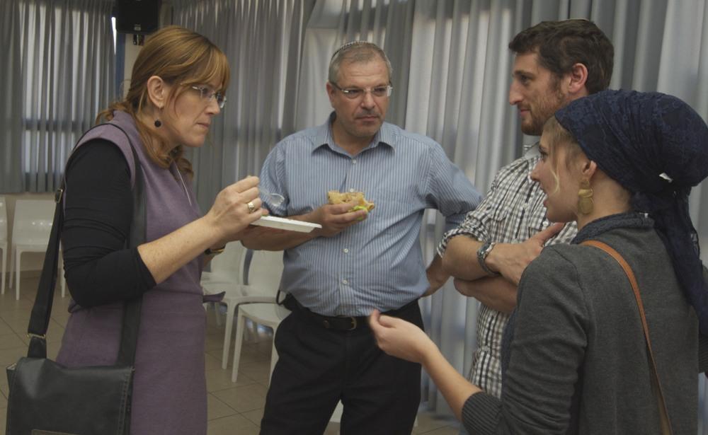 Moshe & Hasida Pinchuk with Shmoike & Dina