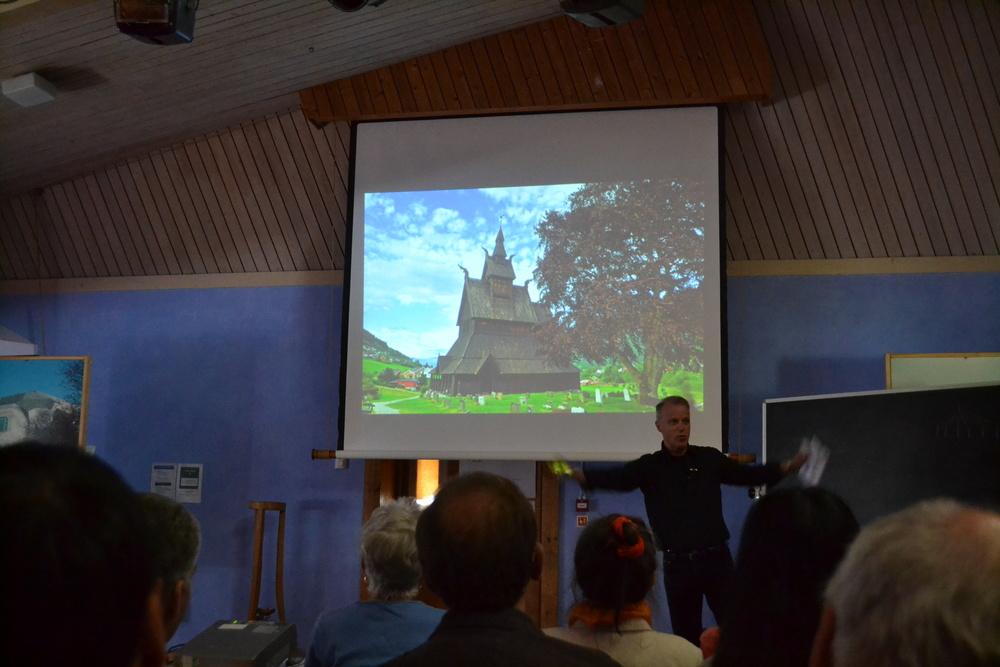 Lecture by Espen Tharaldsen