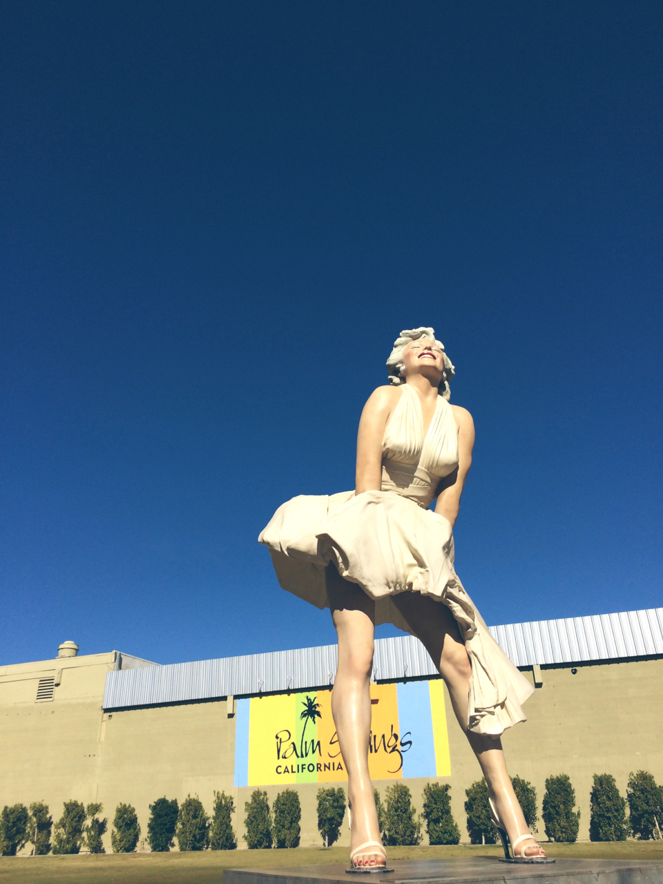 forever marilyn statue palm springs.jpg