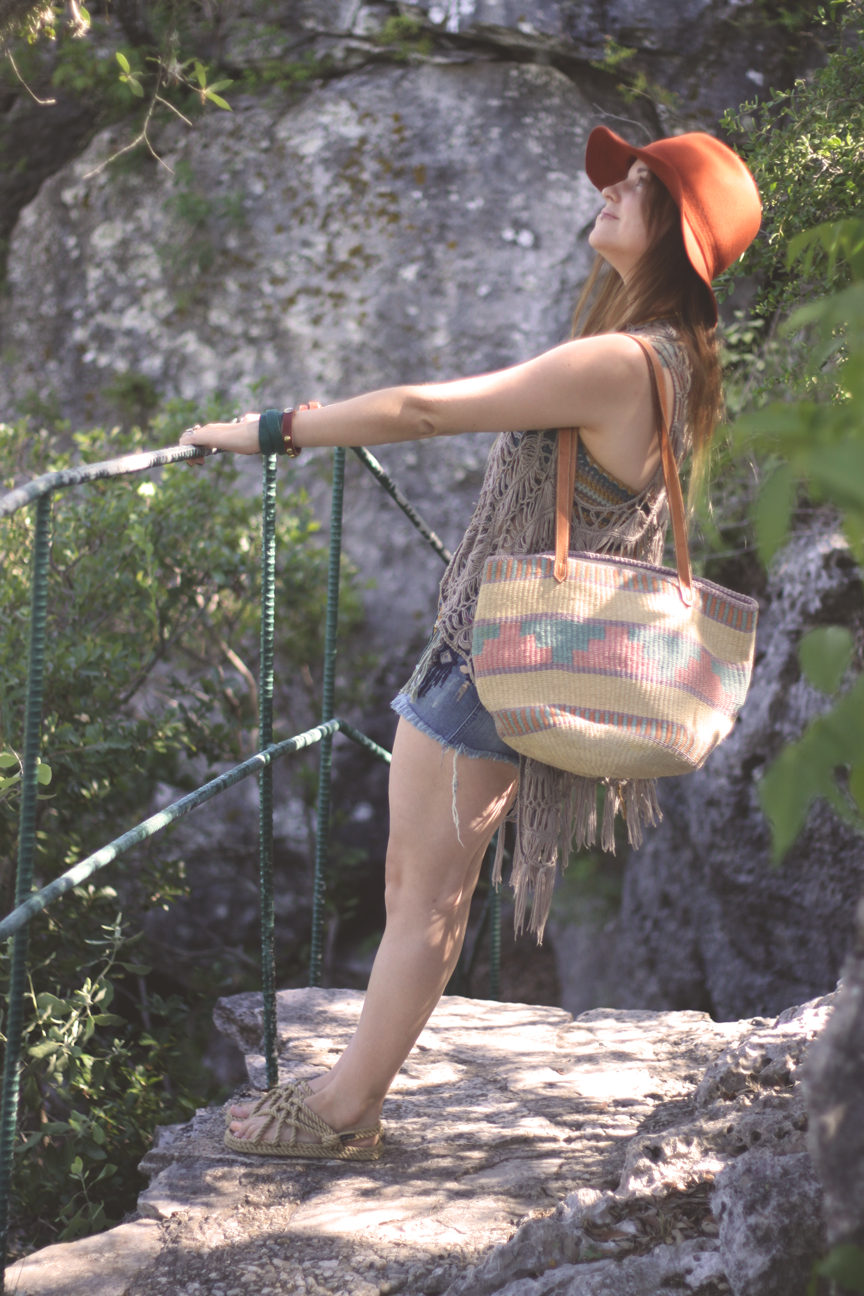 boho outfit and bag.png
