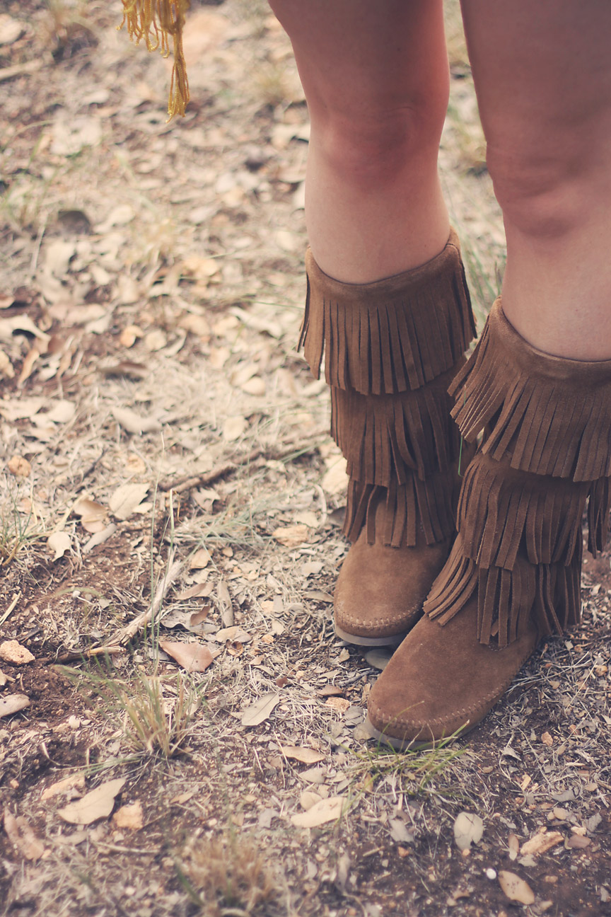 minnetonka 3 layer fringe boot.jpg
