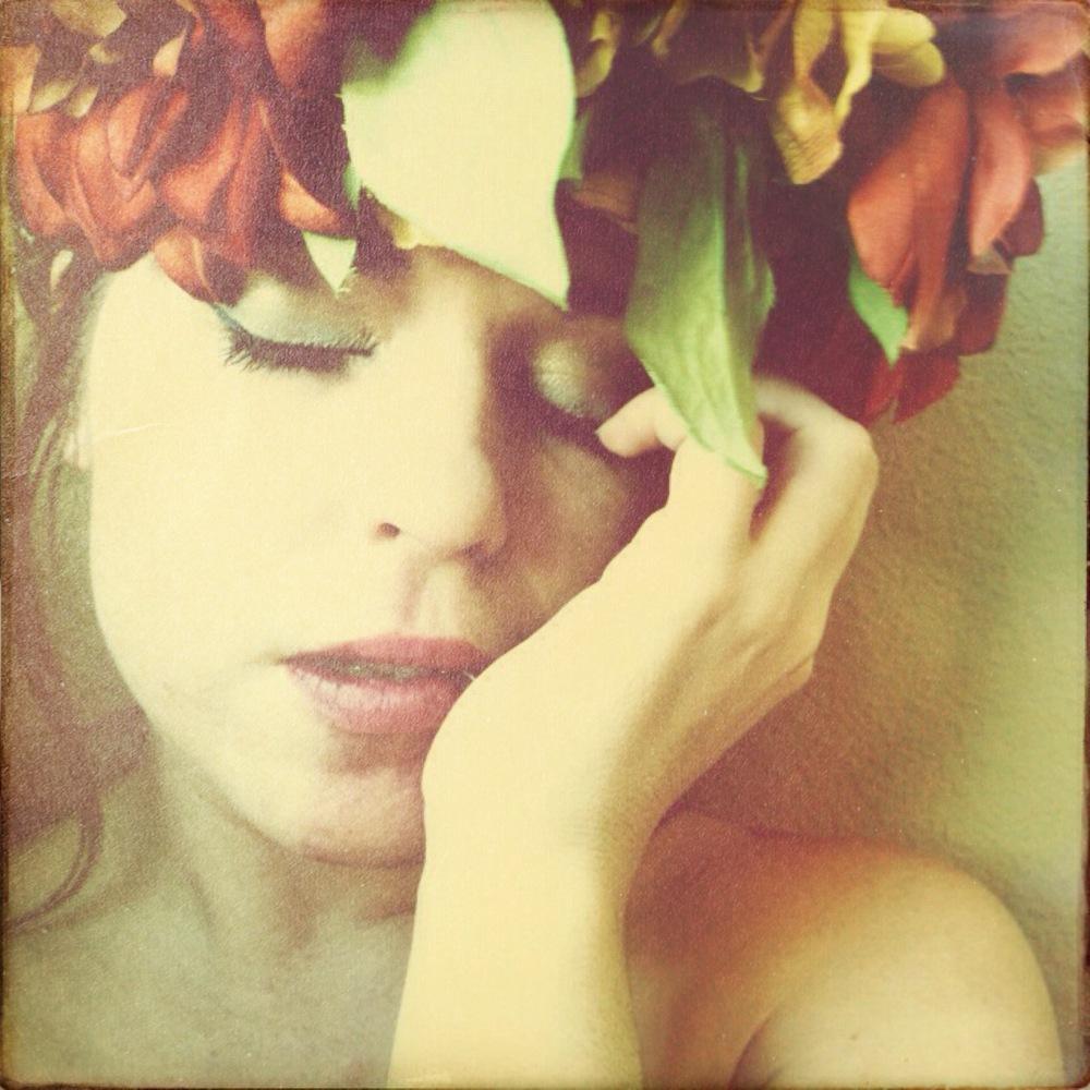 flower crown photo by laura mazurek