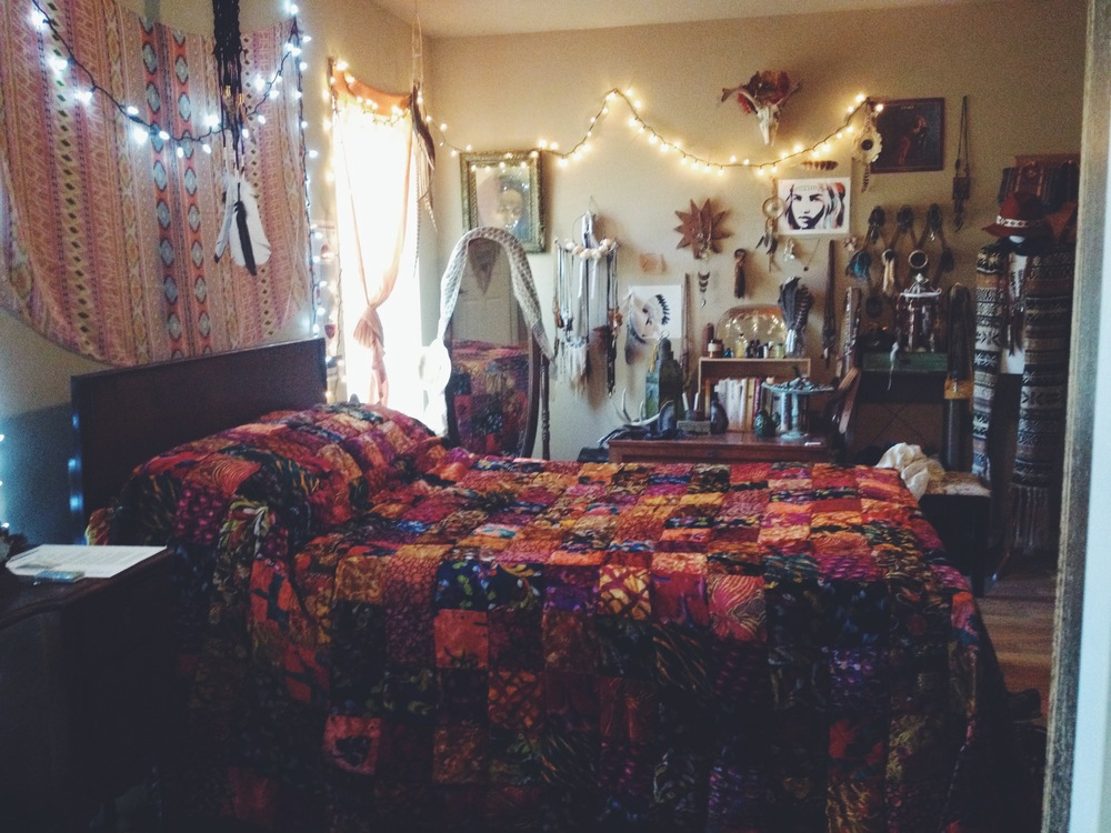 Still quite in love with our bedroom makeover and newly thrifted quilt...