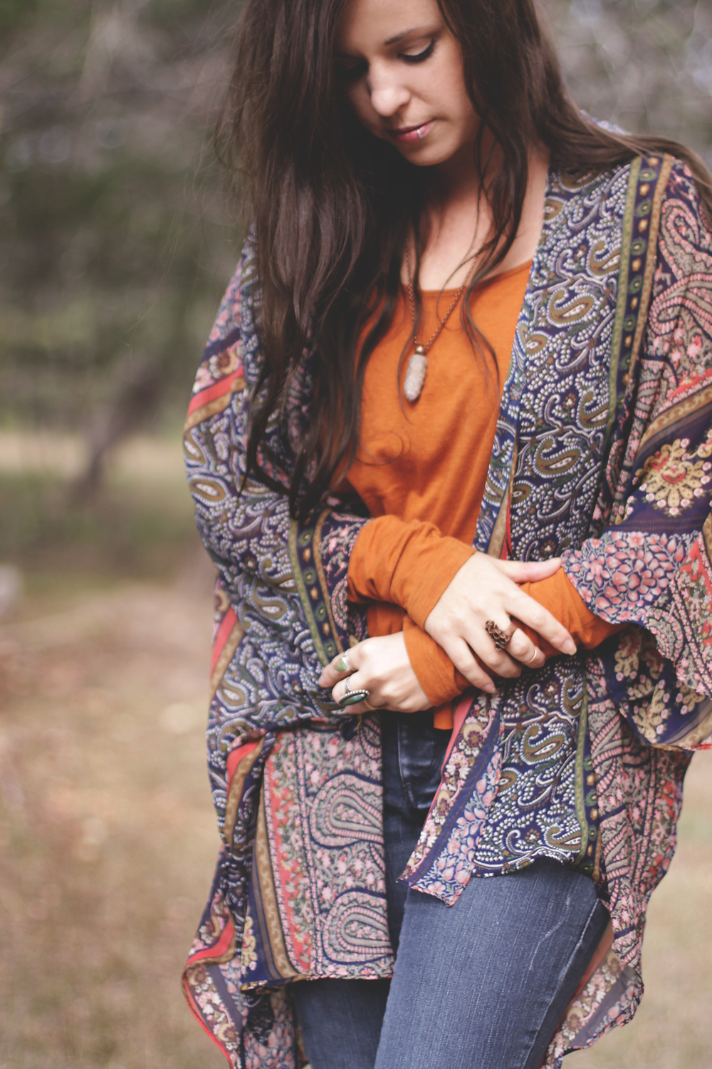 Fall Vibes via rootsandfeathers.com