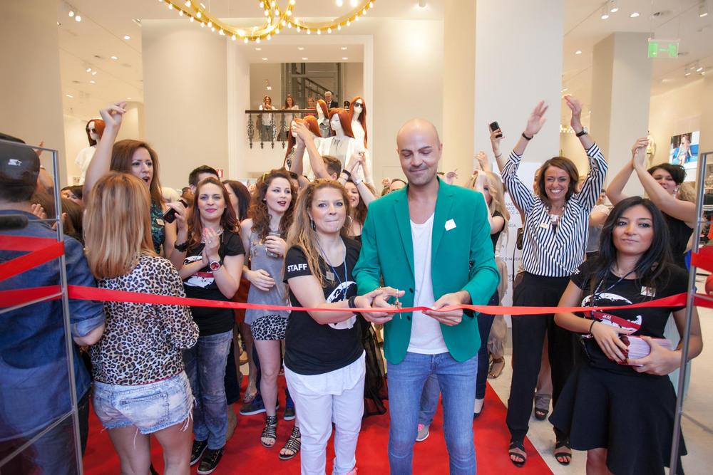 http-__www.spyroskanatas.com_wp-content_gallery_hm_new_store_piraeus_hm_piraeus_store_10.jpg