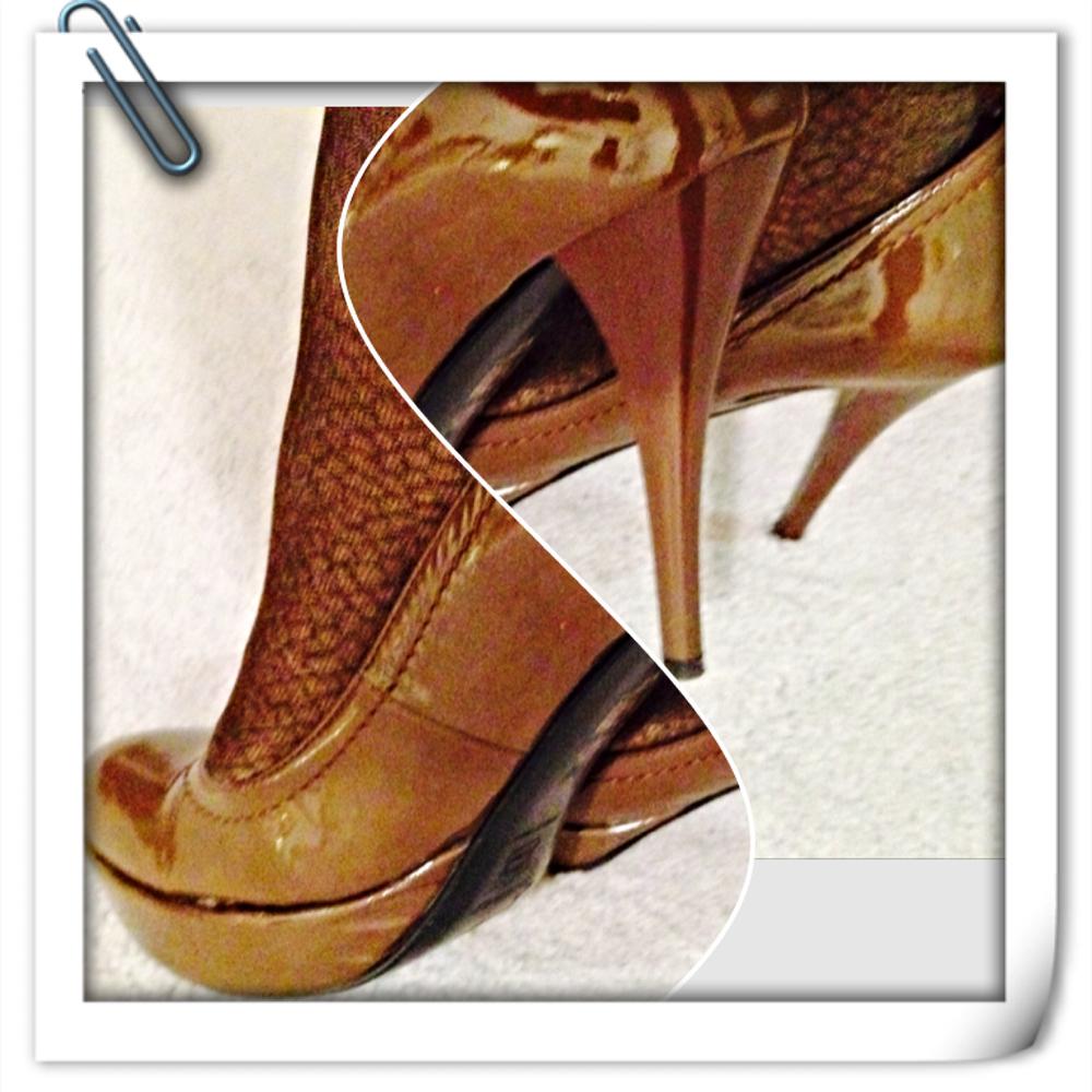 brown high heels.jpg
