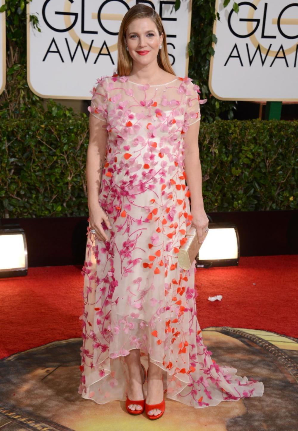 Drew Barrymore in flower-adorned Monique Lhuillier frock!