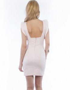 Φόρεμα με ανοιχτή πλάτη  89,00€