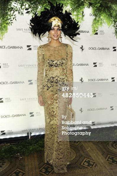 Jessica Hart_Save Venice Enchanted Garden Ball_April 4 2014