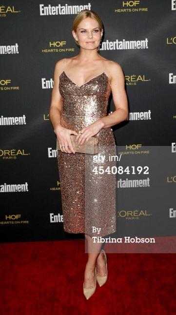 Jennifer Morrison in Stuart Weitzman - 8.23.2014.jpg