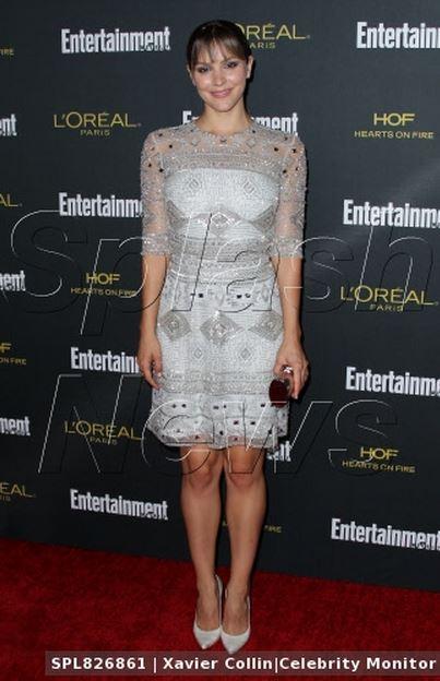 Katharine McPhee in Stuart Weitzman - 8.24.2014.jpg