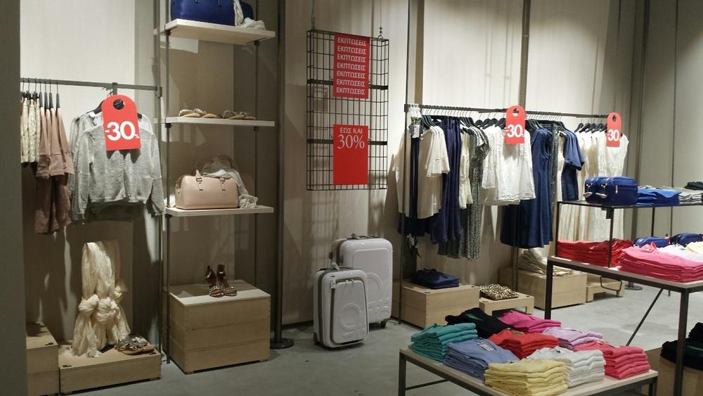 Νέο _On Canvas_ concept store της United Colors of Benetton στο River West (2).jpg