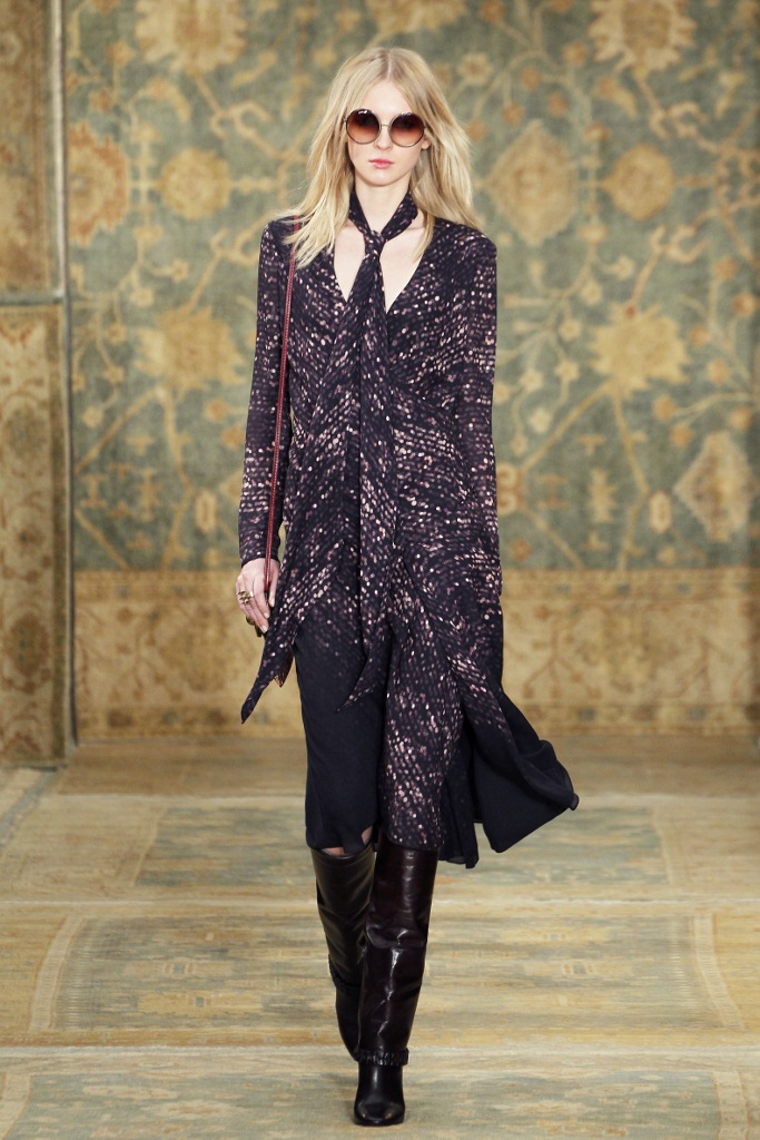 Tory_Burch_Fall_2015_Look_18 (683x1024).jpg