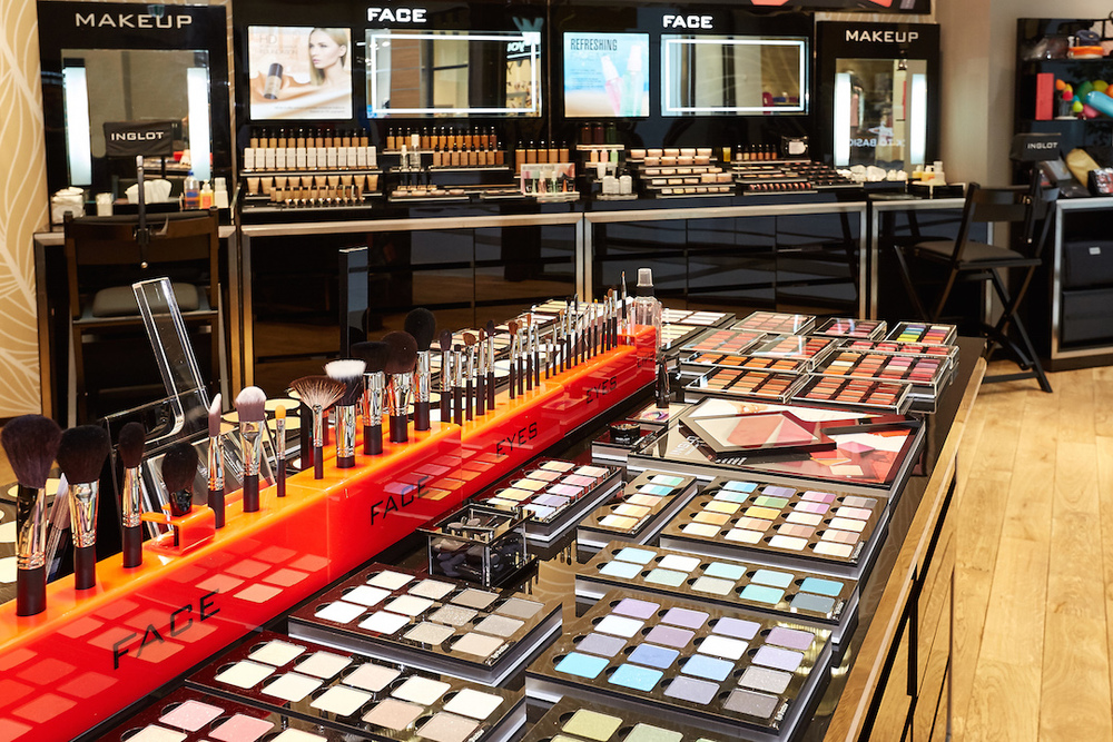INGLOT AT THE MALL 4.jpg