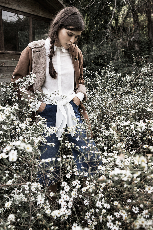 Stradivarius_Chloe_in_the_woods (16).jpg