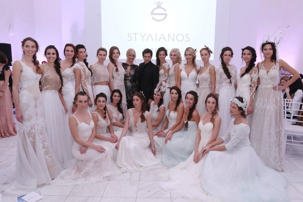 Ο σχεδιαστής Stylianos με τα μοντέλα του