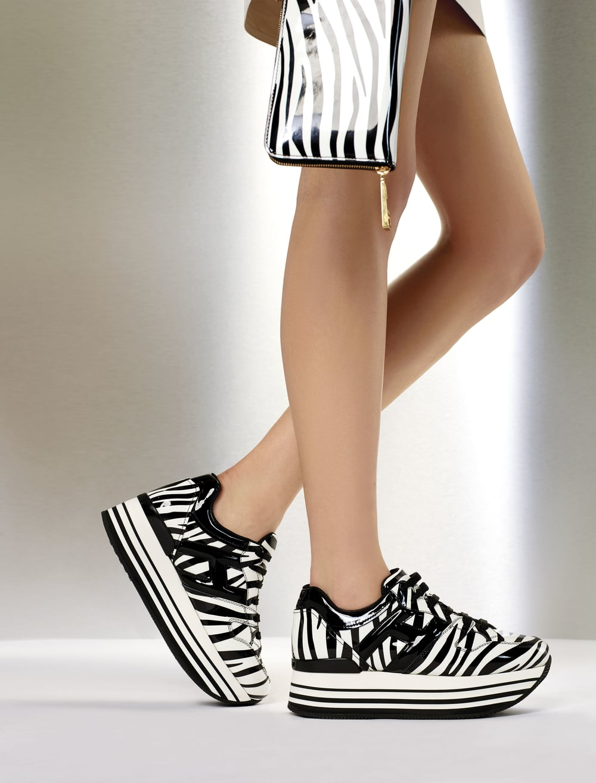 016_1_Maxi_Platform_H222_Sneakers.jpg