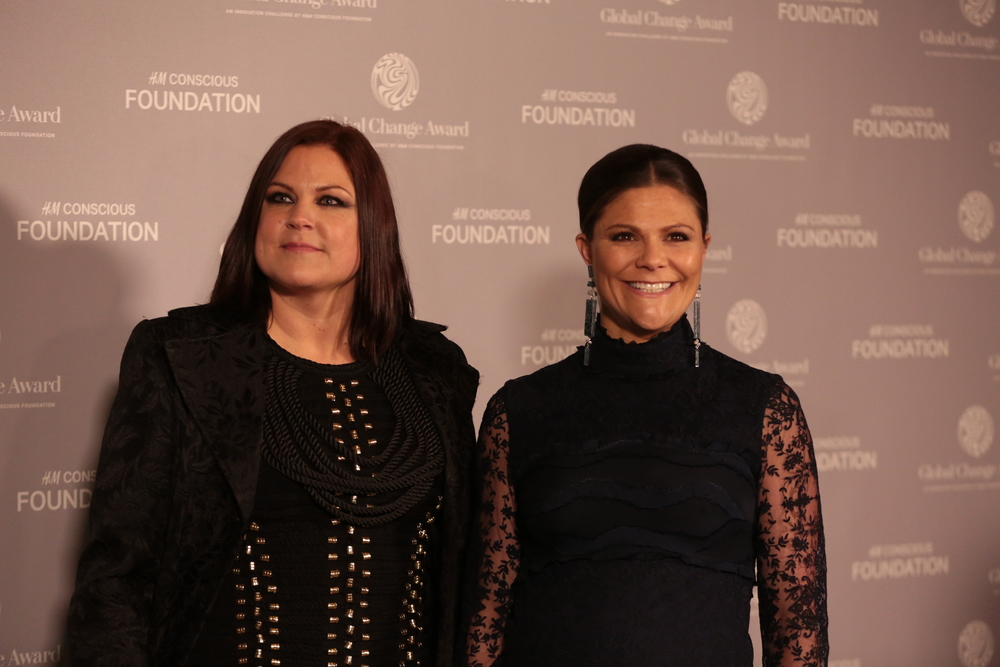 Diana Amini Global Manager of the H&M Conscious Foundation and HRH Crown Princess Victoria of Sweden at the Global Change Award 2015.JPG