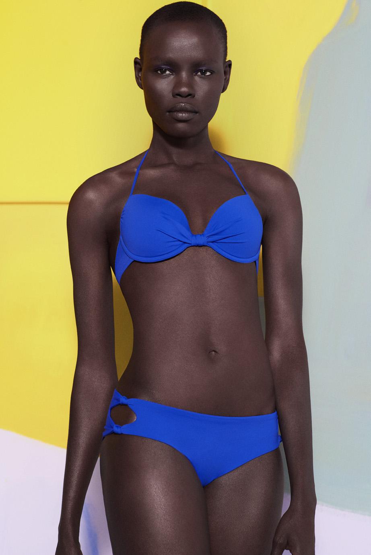 Oysho swimwear colaboracion artista Miren Doiz (6).jpg