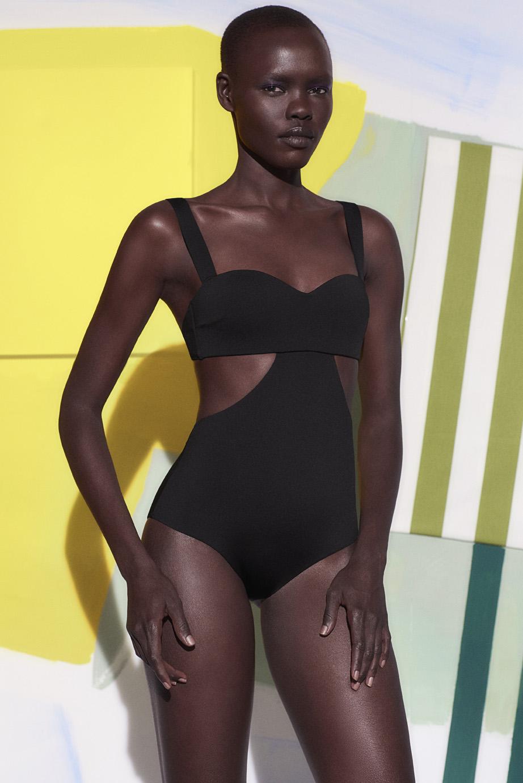 Oysho swimwear colaboracion artista Miren Doiz (10).jpg